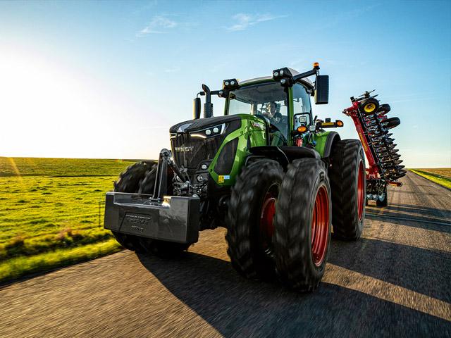 Tractor met werktuig